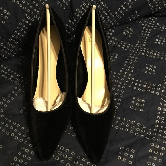 f2daf1b817a1f Nine West Shoes - Women's Nine West Jackpot Suede Pumps Size 11